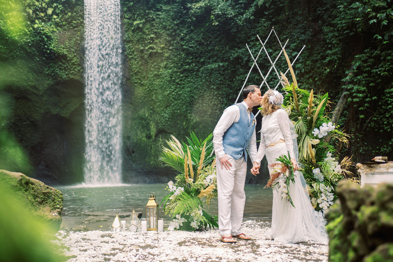 E&D: Tibumana Waterfall Bali Elopement 28