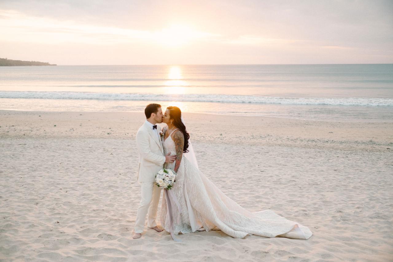 E&T: Beachside Multicultural Bali Wedding Photography 43