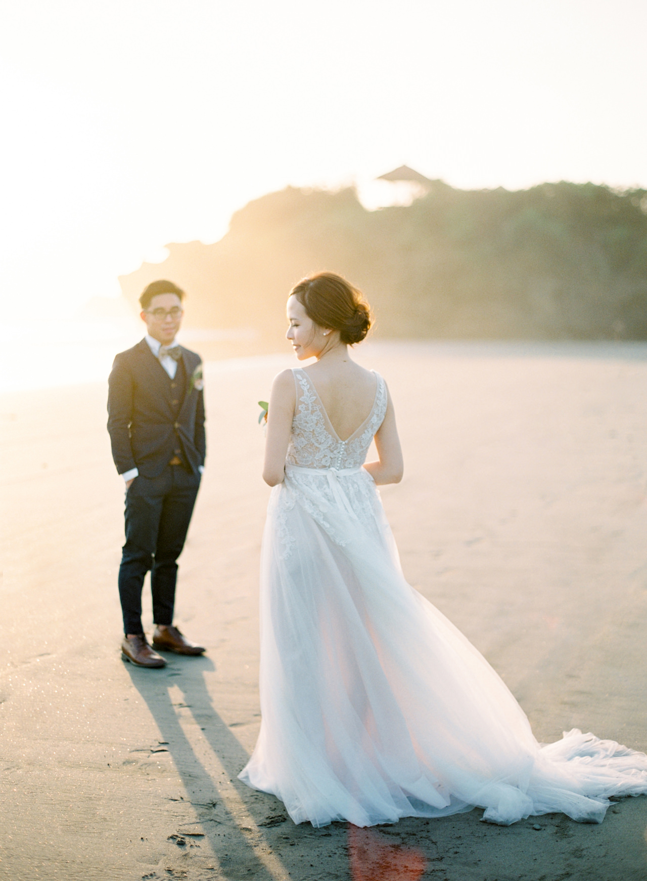 E&W: Oceanside Elopement Photography at Soori Bali 23