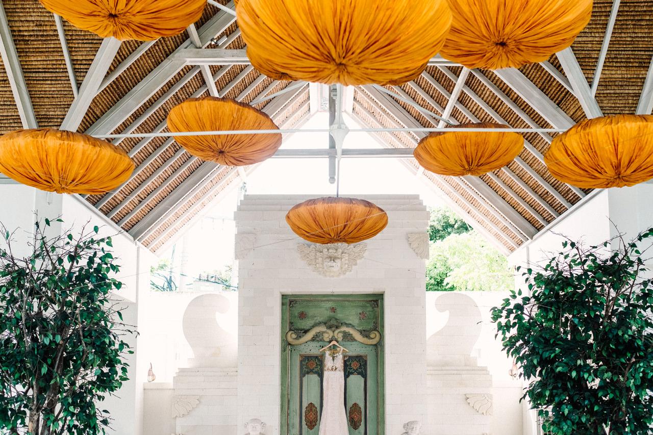 E&Z: A Beach Inspired Bali Destination Wedding in Jimbaran Bay 9