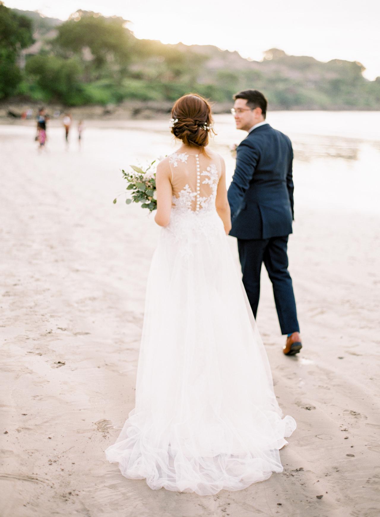 E&Z: A Beach Inspired Bali Destination Wedding in Jimbaran Bay 38
