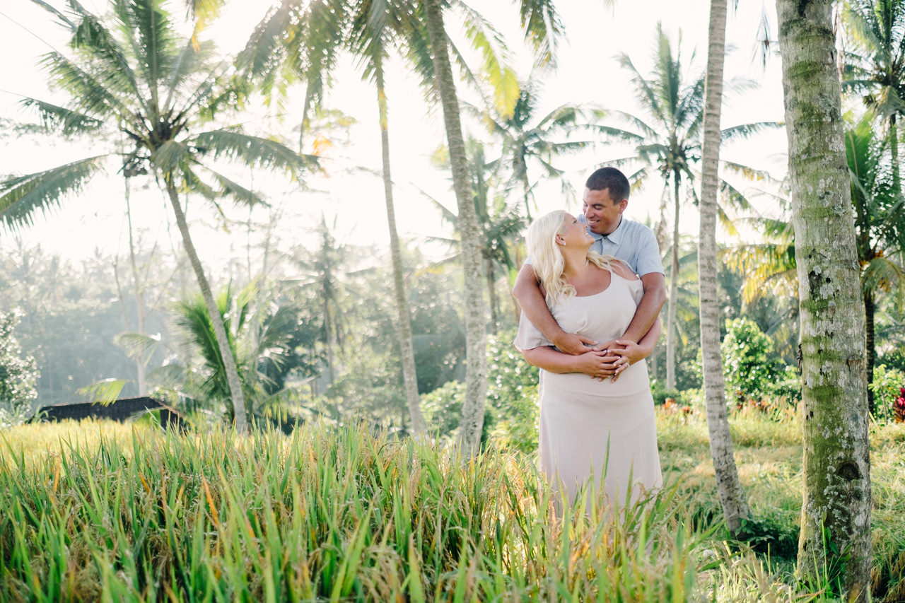 F&T: White on Green Dreamy Rice Fields Engagement Photos 7