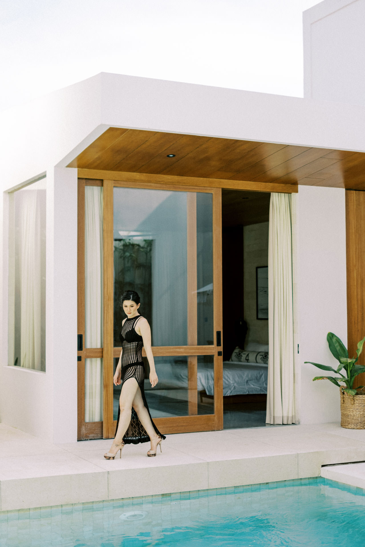 Indoor Photo Session with Modern Bali Interiors 22