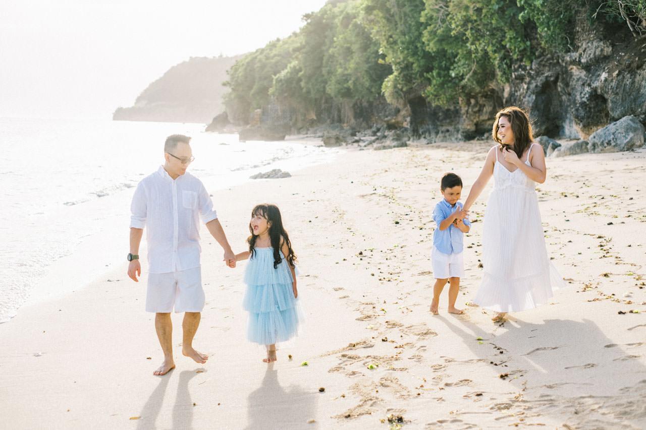Samabe Bali Outdoor Family Photo 12