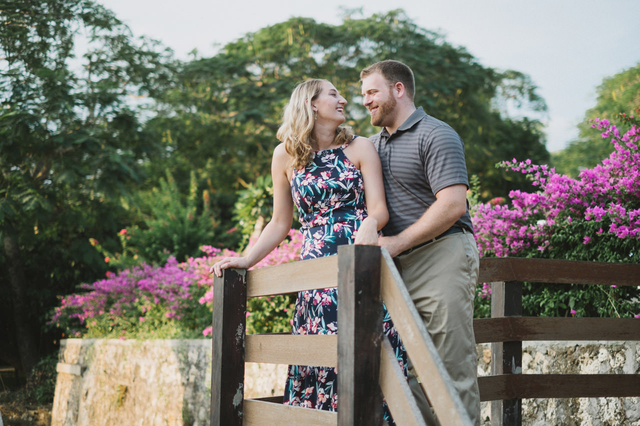 Hannah & Chester: Honeymoon Photography at Uluwatu Beach 6
