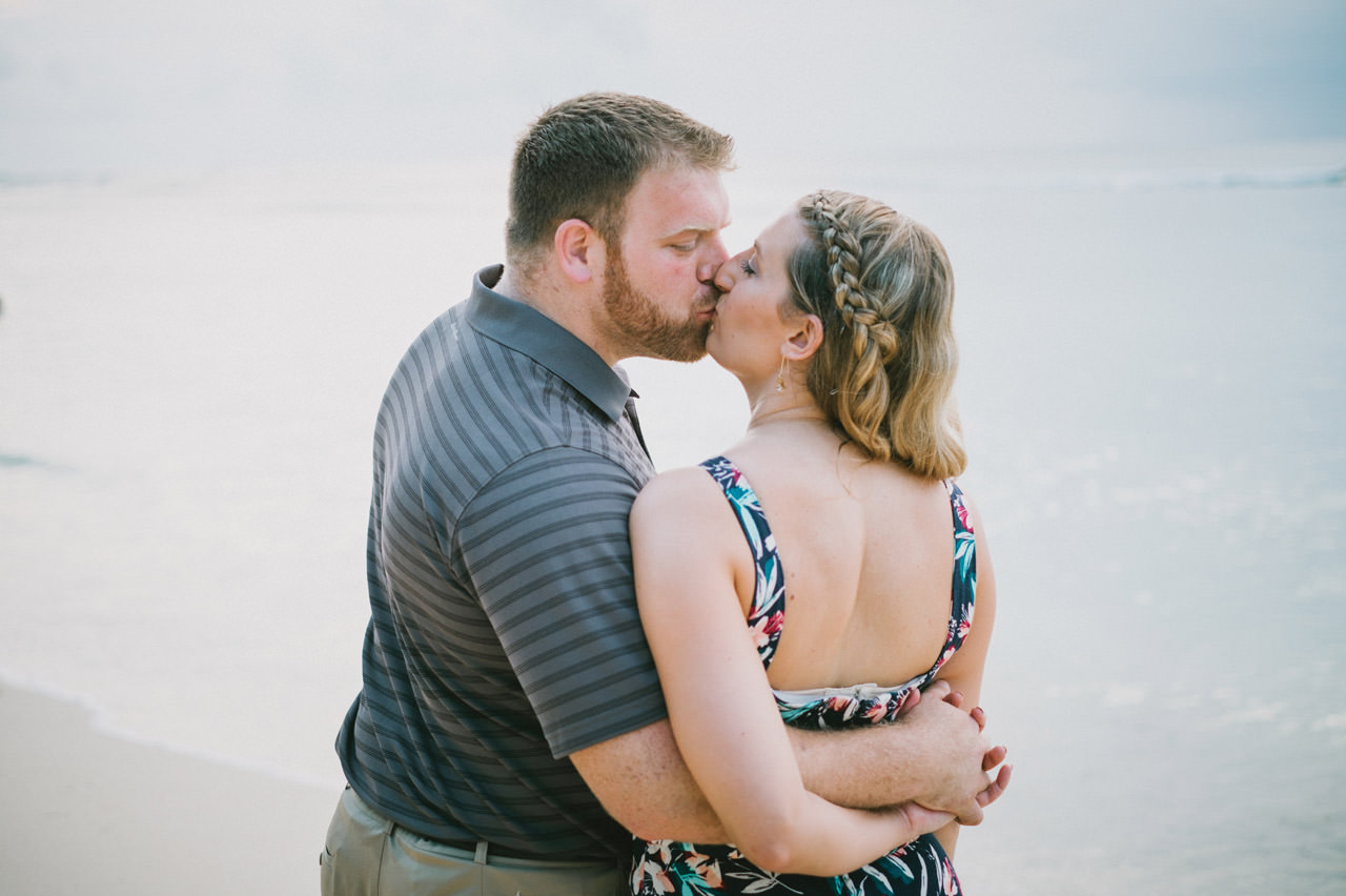 Hannah & Chester: Honeymoon Photography at Uluwatu Beach 10