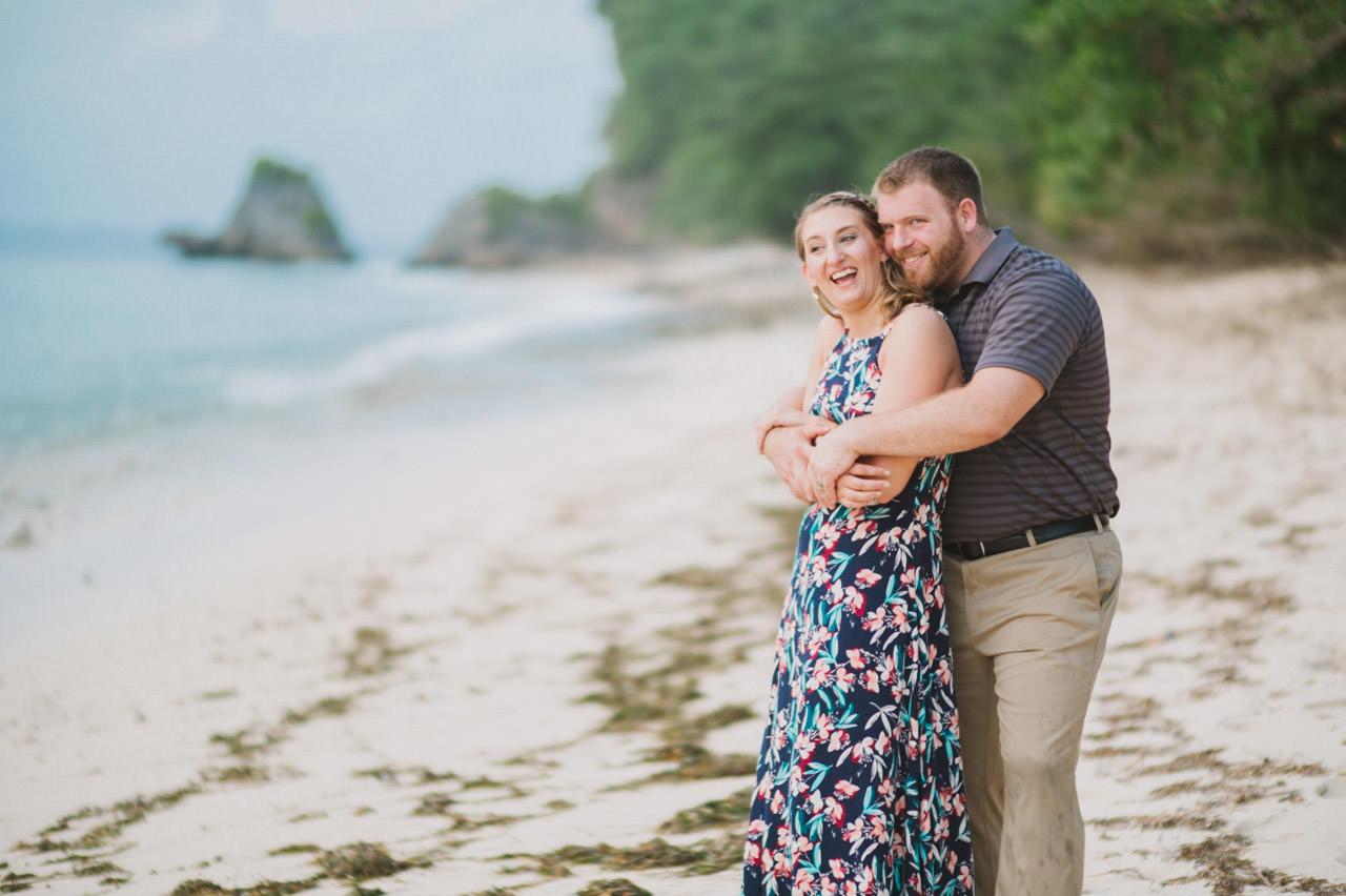 Hannah & Chester: Honeymoon Photography at Uluwatu Beach 15
