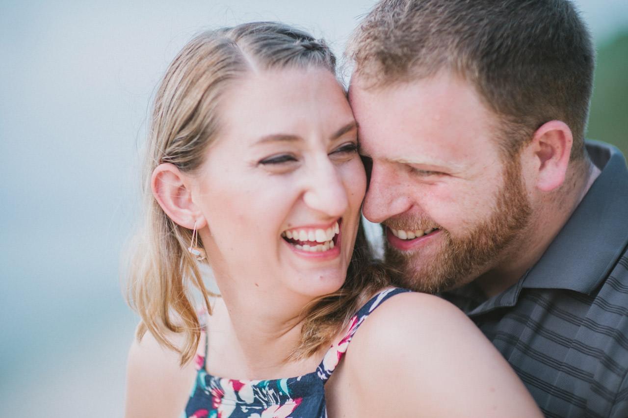 Hannah & Chester: Honeymoon Photography at Uluwatu Beach 17