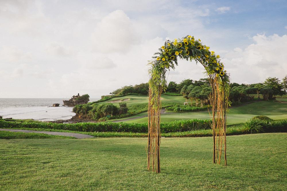 Harry & Riri Bali Wedding at Pan Pacific 39