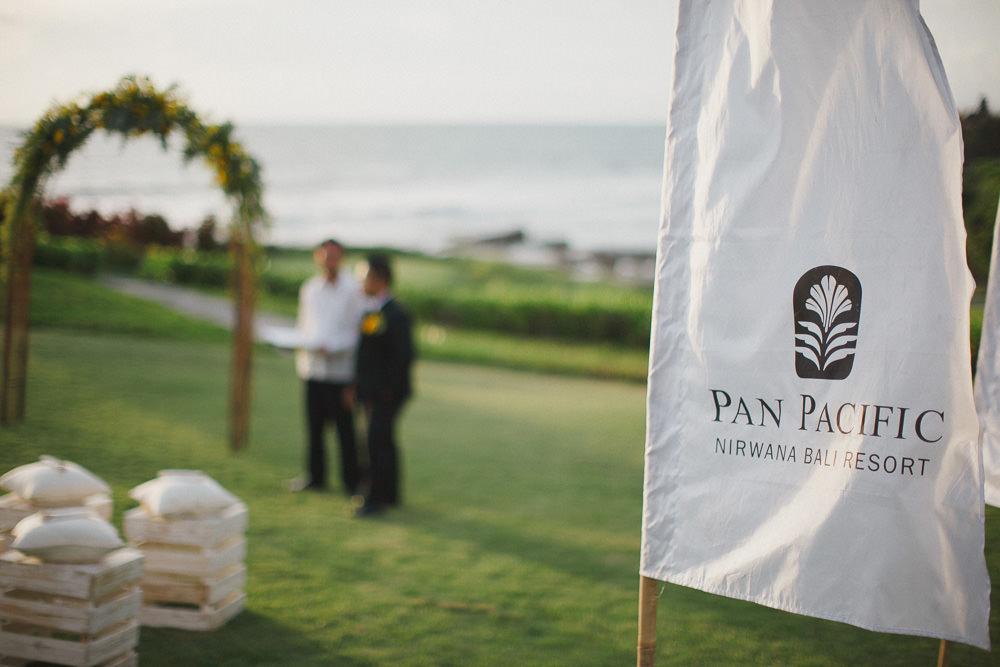 Harry & Riri Bali Wedding at Pan Pacific 43