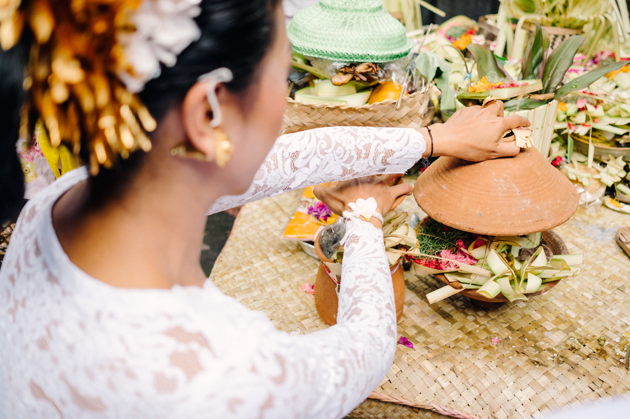 I&V: Balinese Traditional Wedding Ceremony 11