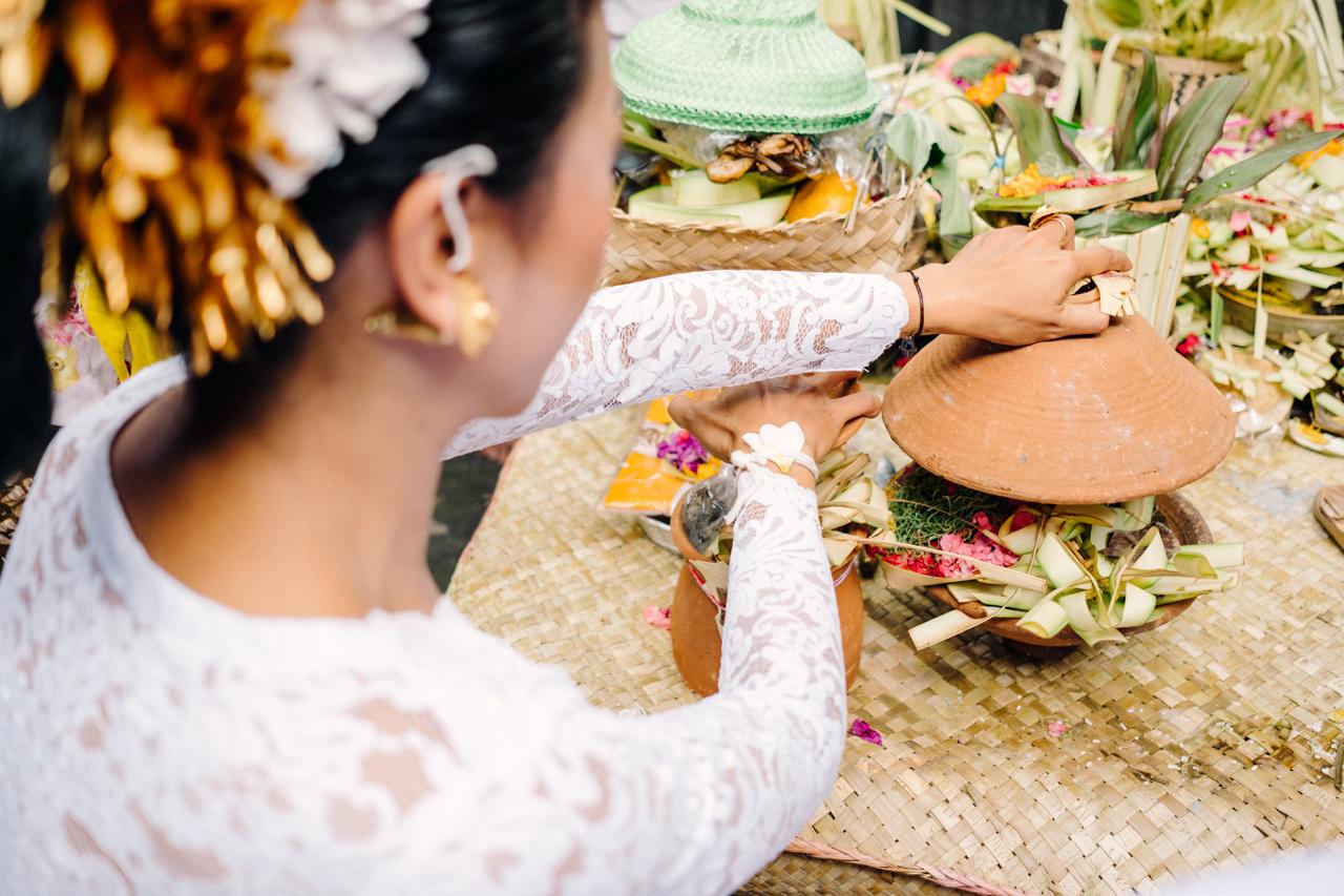 I&V: Balinese Traditional Wedding Ceremony 11