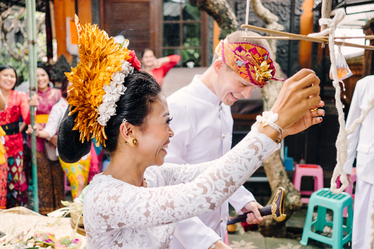 I&V: Balinese Traditional Wedding Ceremony 12