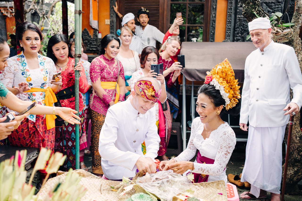 I&V: Balinese Traditional Wedding Ceremony 13