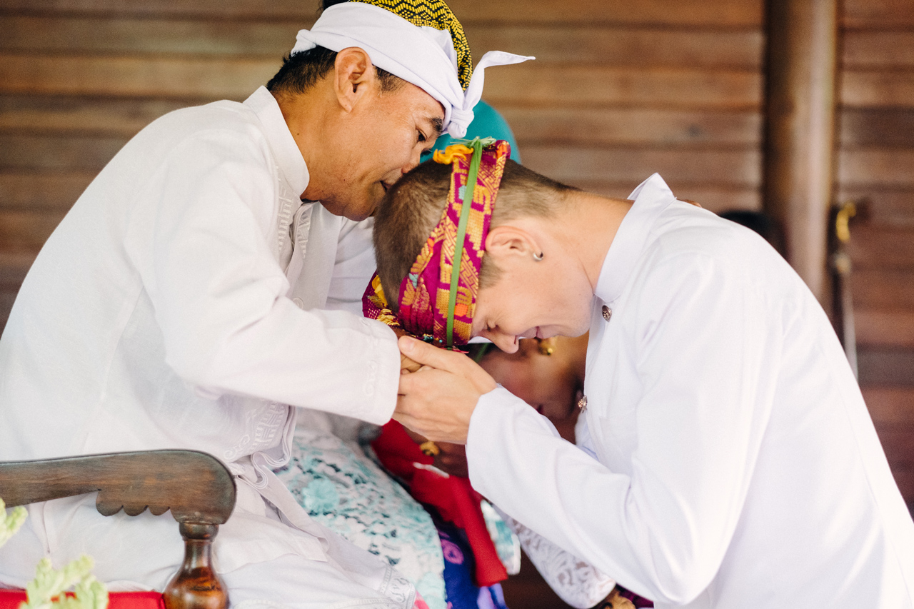 I&V: Balinese Traditional Wedding Ceremony 17