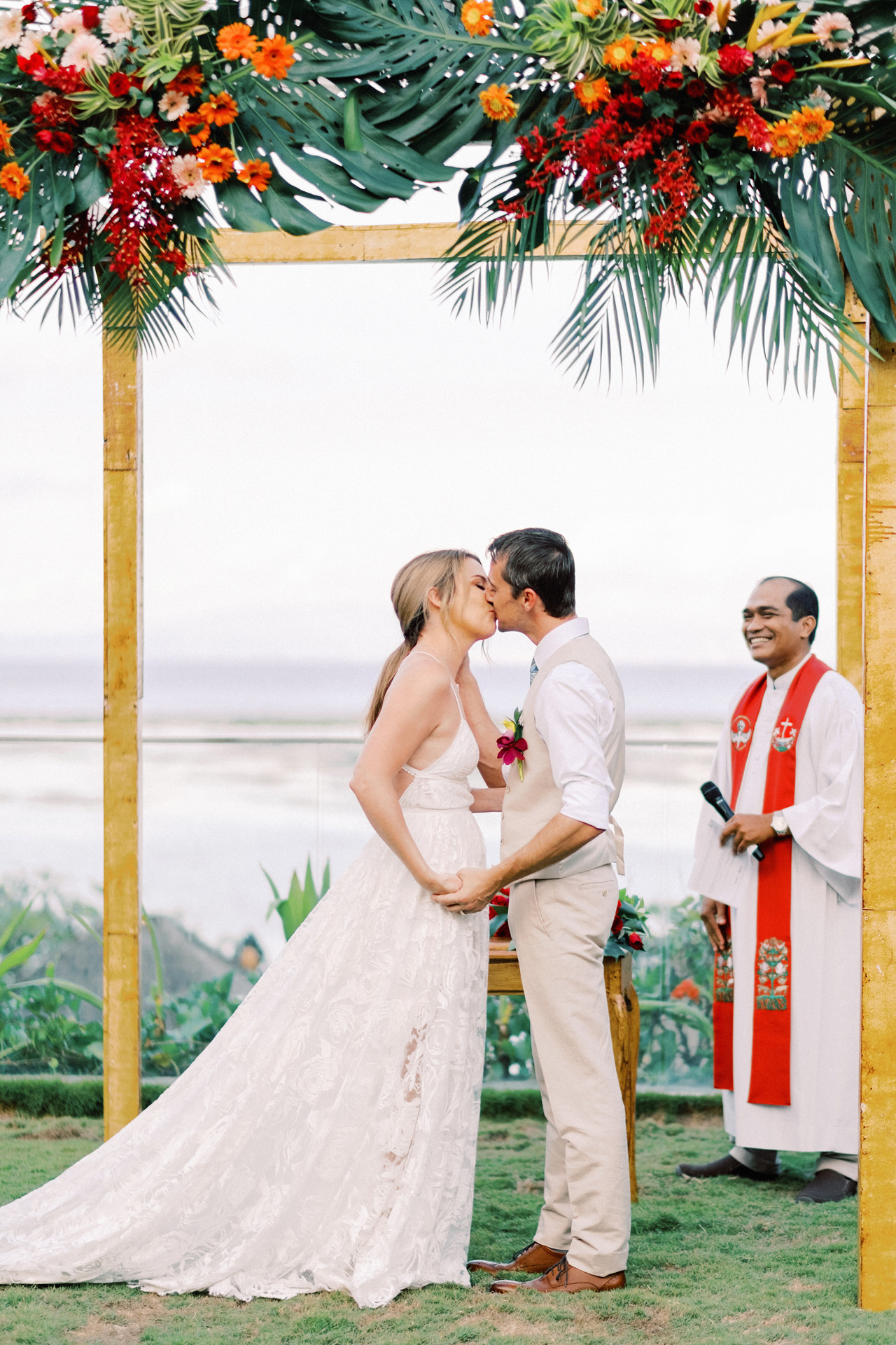 Maya Sanur Resort Wedding 41