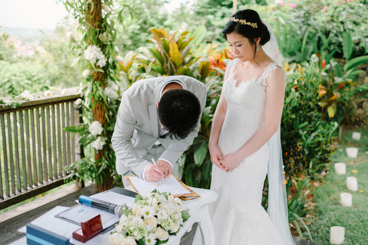 J&M: Bali Destination Wedding at Jimbaran Hill 30