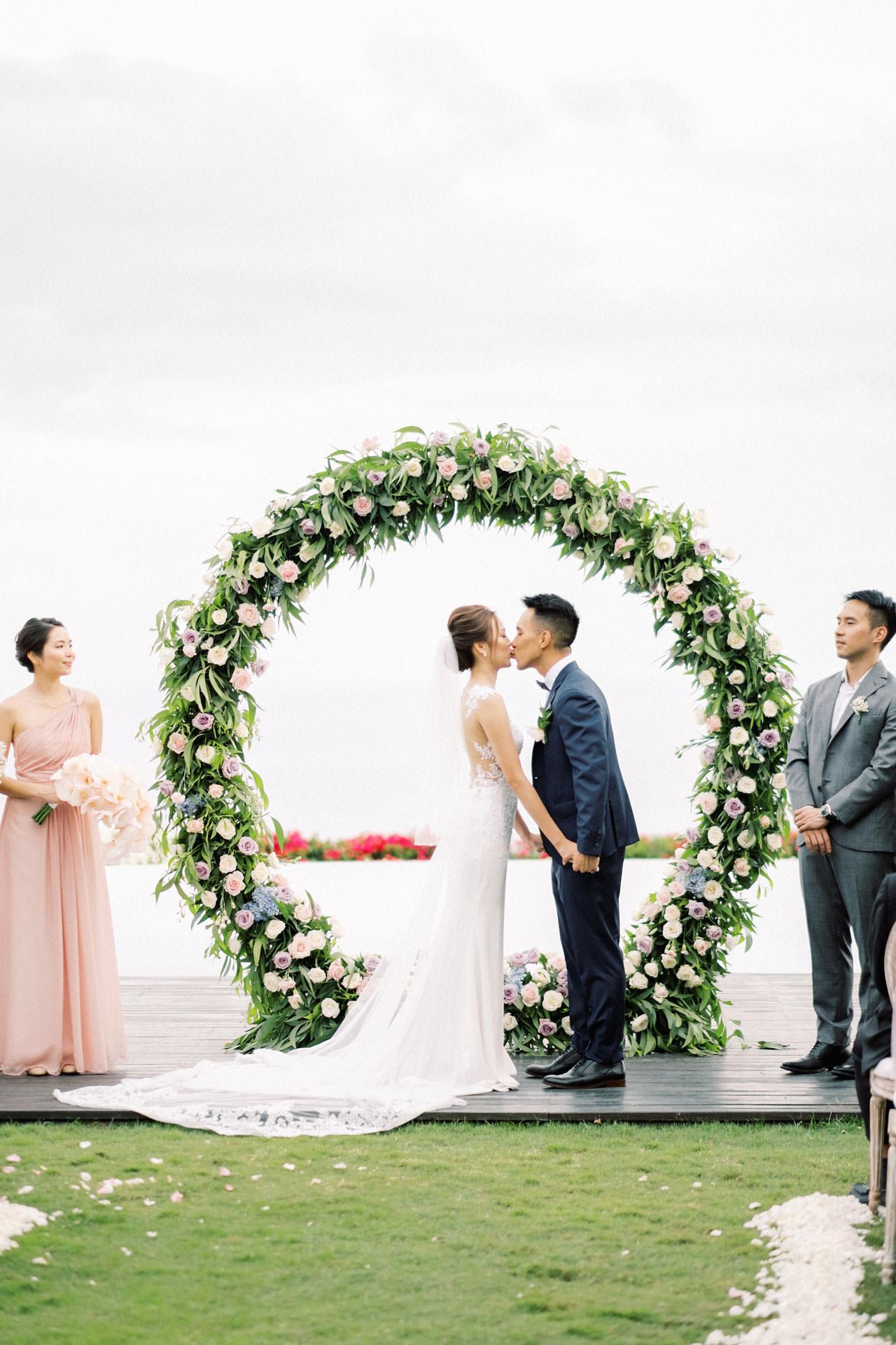 Uluwatu Cliff Wedding with Chinese Wedding Ceremony 26