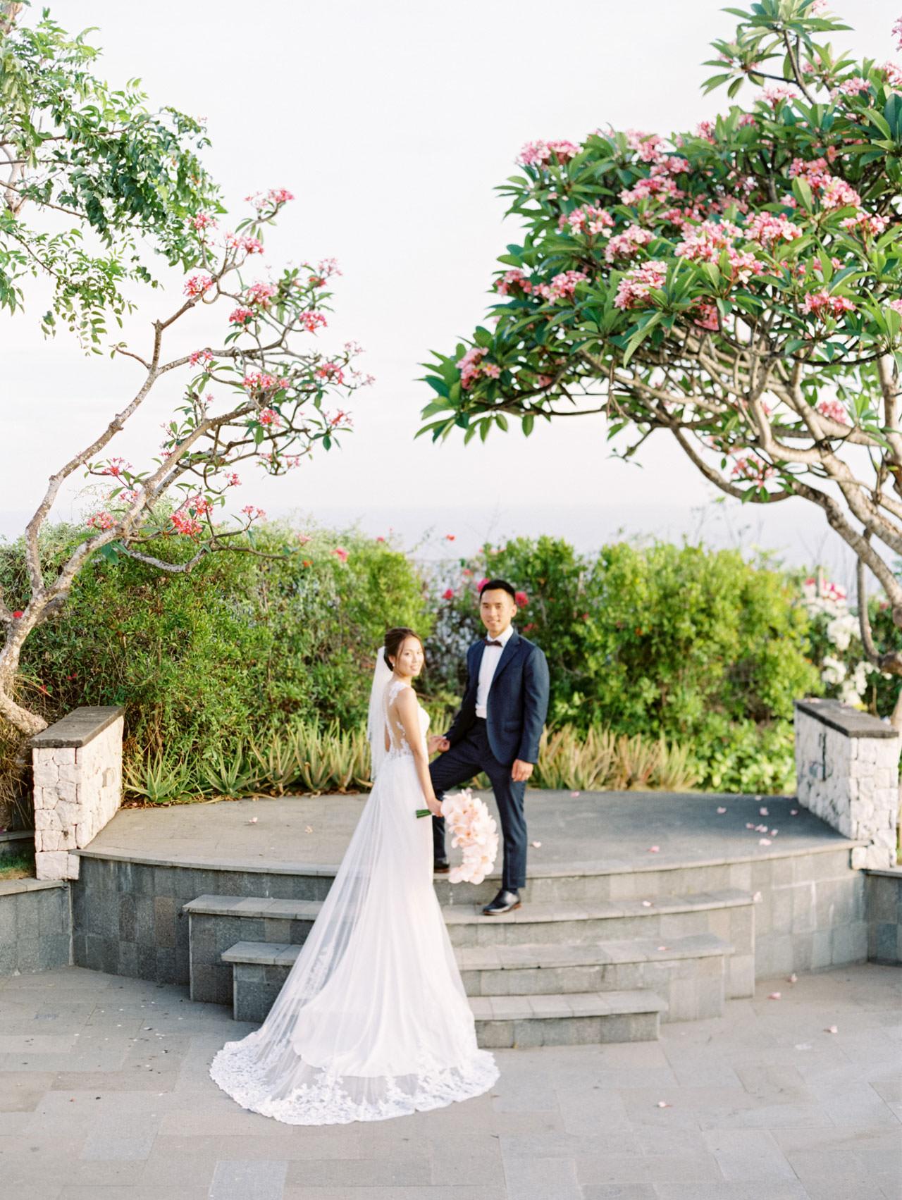 Uluwatu Cliff Wedding with Chinese Wedding Ceremony 33