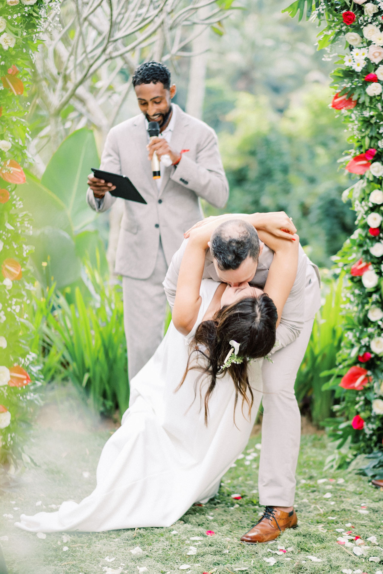 K&R: Greeneries Ubud Wedding - Ubud Wedding Photographer 37