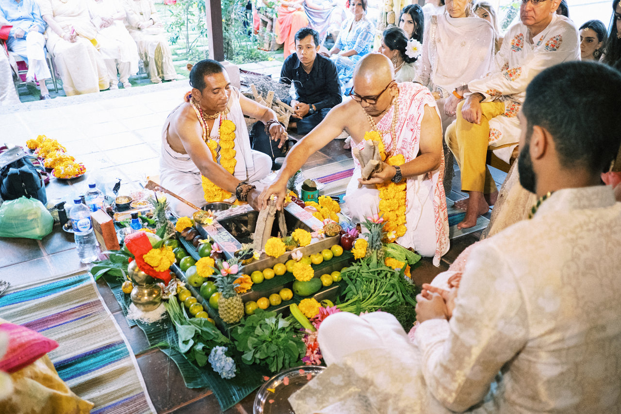 K&A: Hindu Indian Wedding in Bali 32