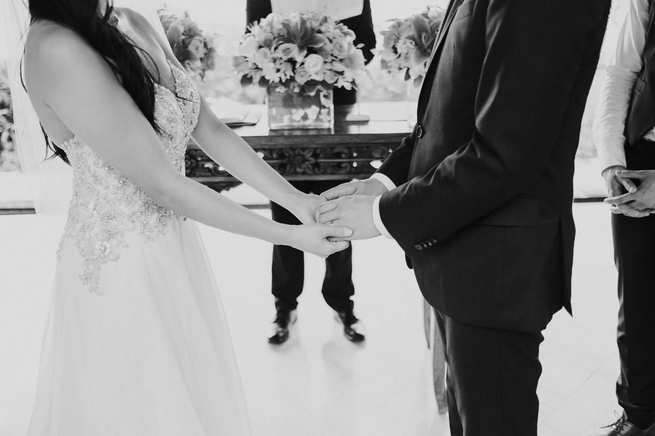 Kimberly & Jerry: Intimate Bali Wedding Photography at Ayana Resort 22
