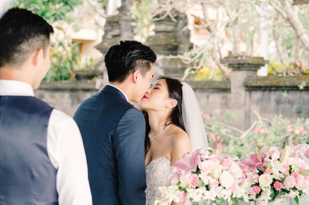 Kimberly & Jerry: Intimate Bali Wedding Photography at Ayana Resort 23