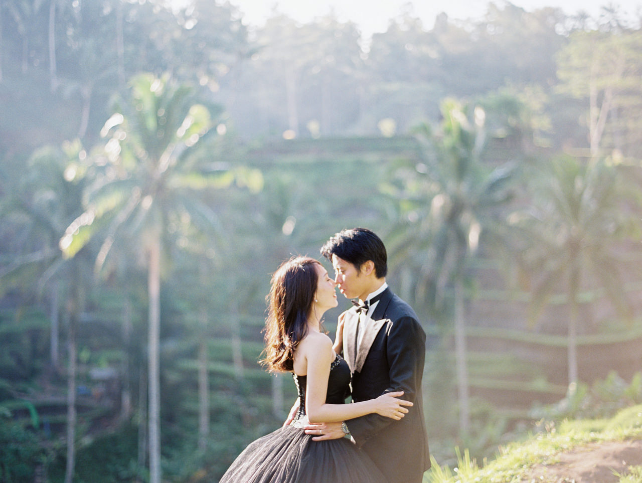 An Elegant Ubud Post Wedding Photo Session 9