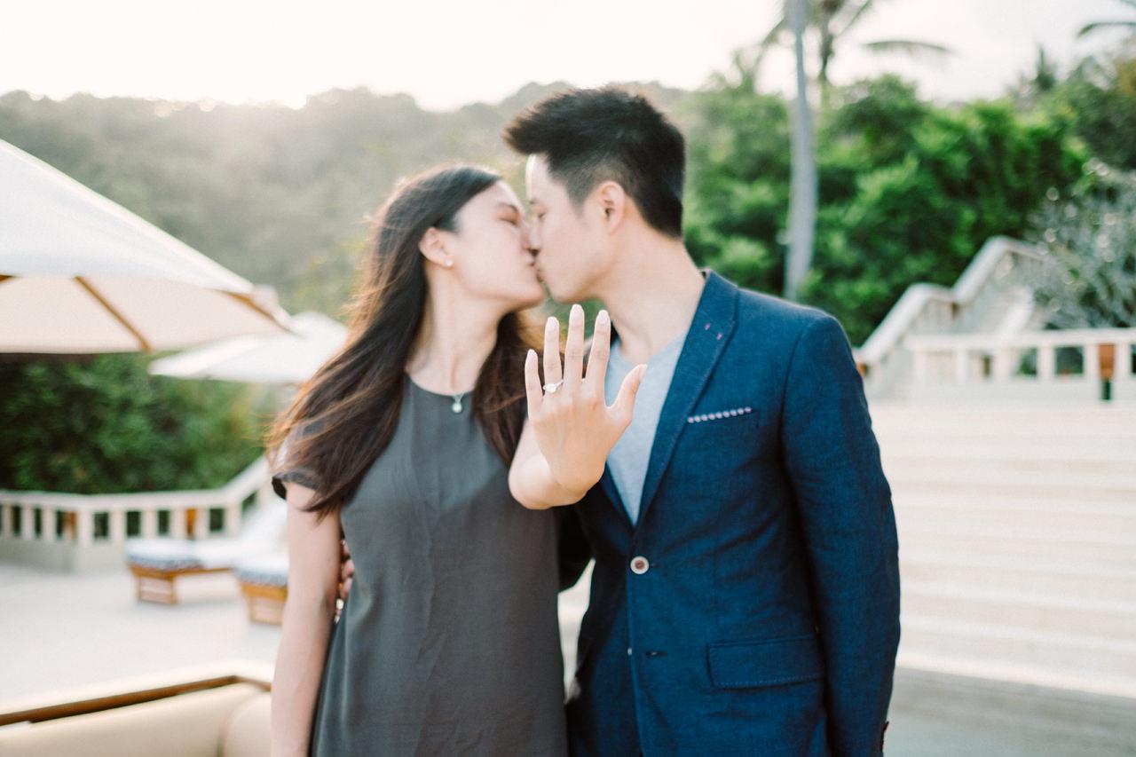 K&R: Romantic Beachside Proposal Photography at Amankila 10