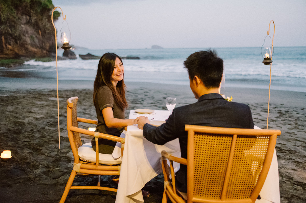K&R: Romantic Beachside Proposal Photography at Amankila 13