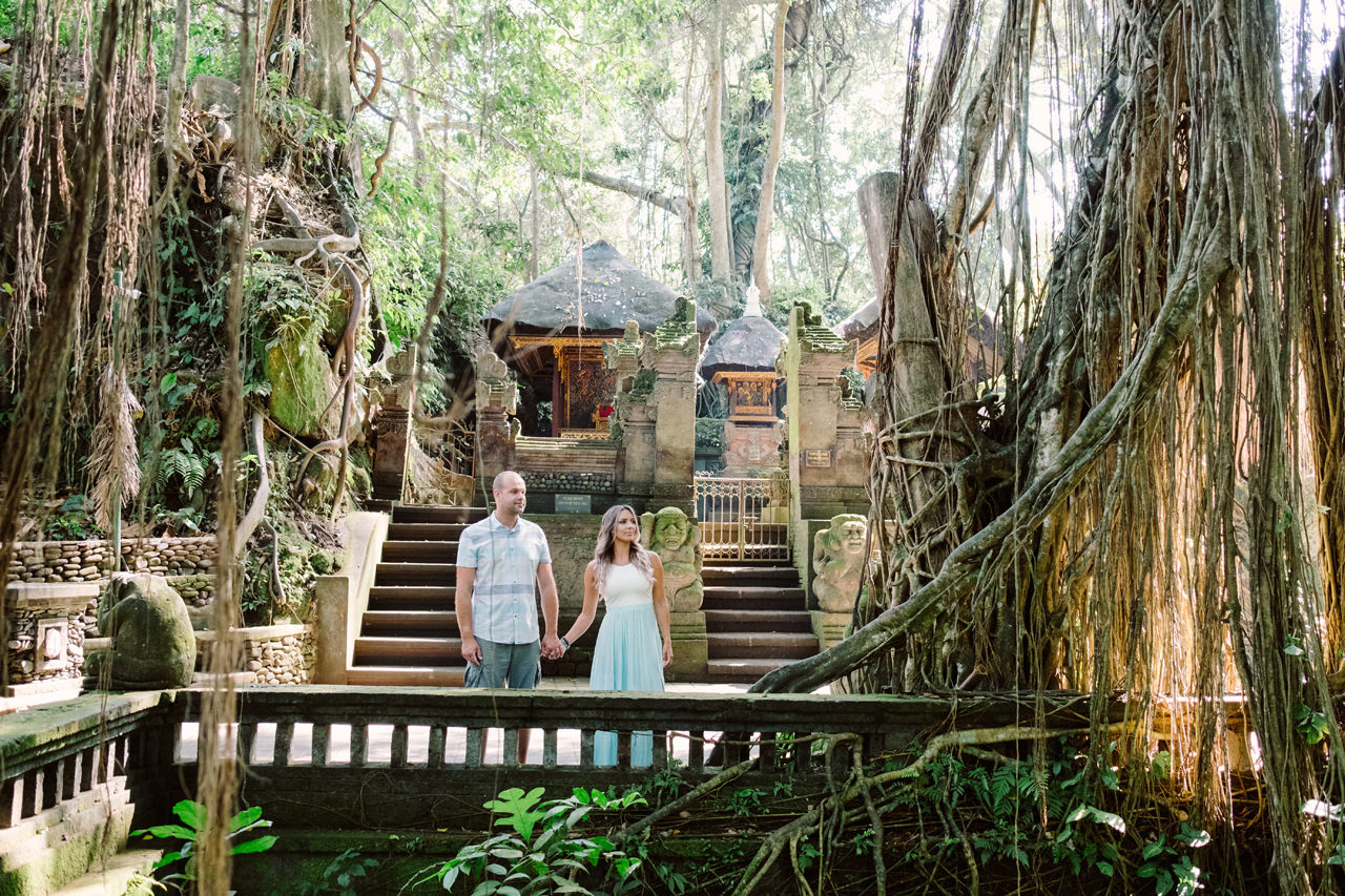 L&C: Adventurous Bali Honeymoon Photo at Monkey Forest 3