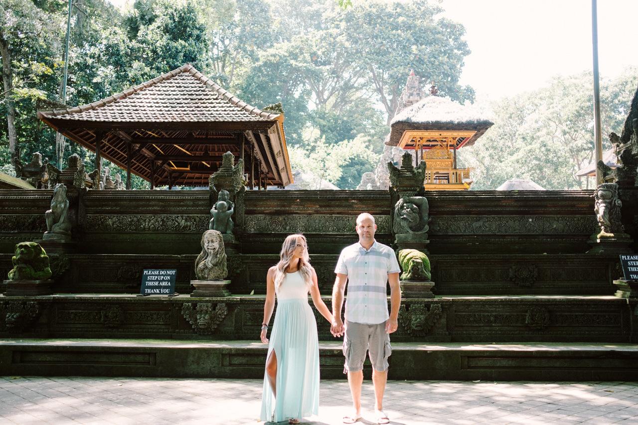 L&C: Adventurous Bali Honeymoon Photo at Monkey Forest 9