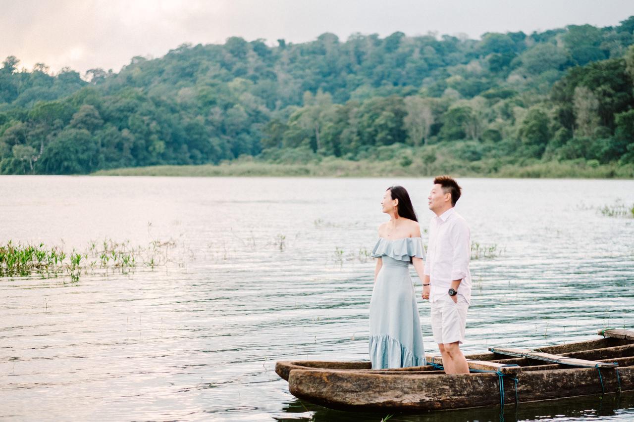 L&D: Bali Post-Wedding Photography at Tamblingan Lake 2