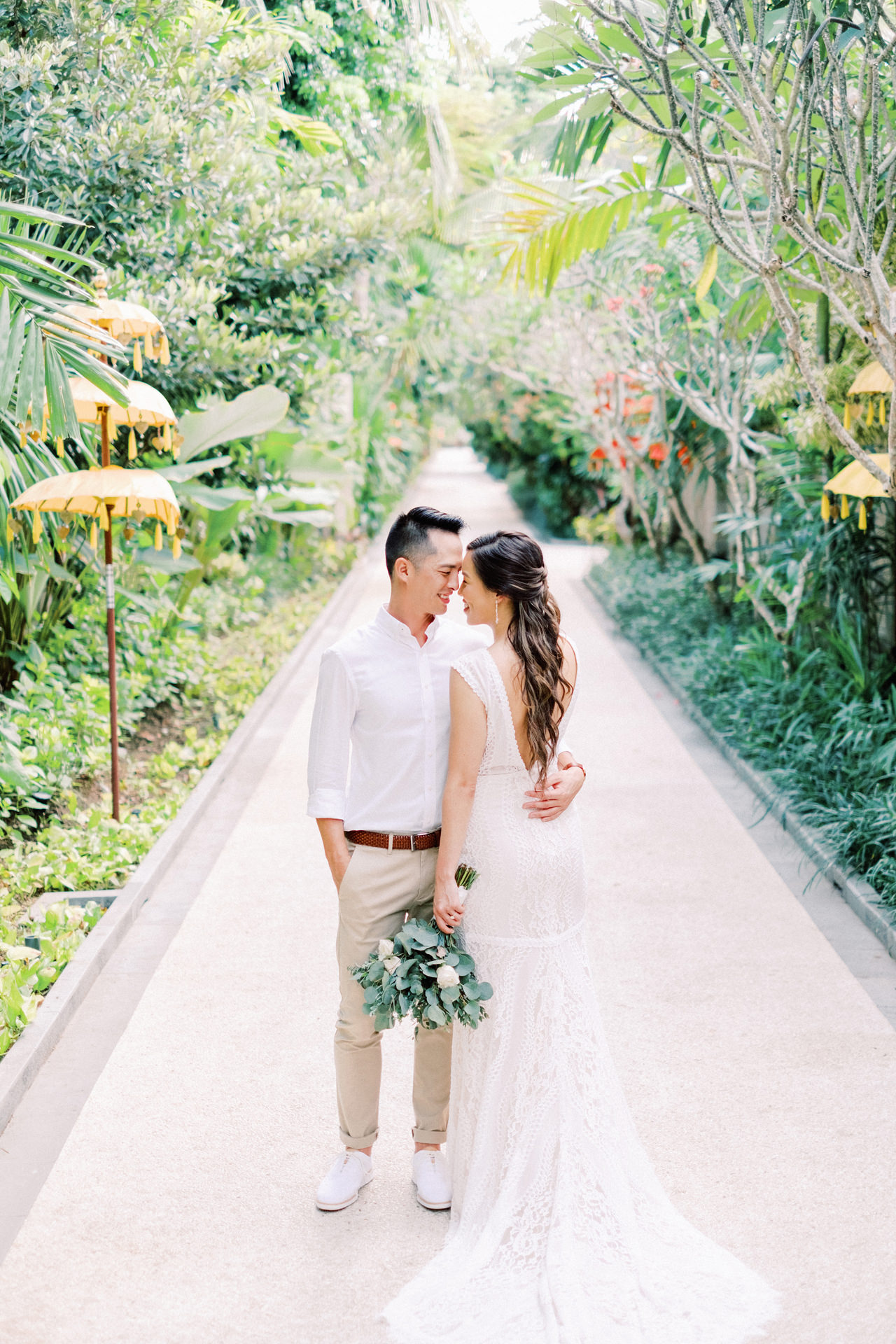 L&E: Beachside Sofitel Bali Wedding 18