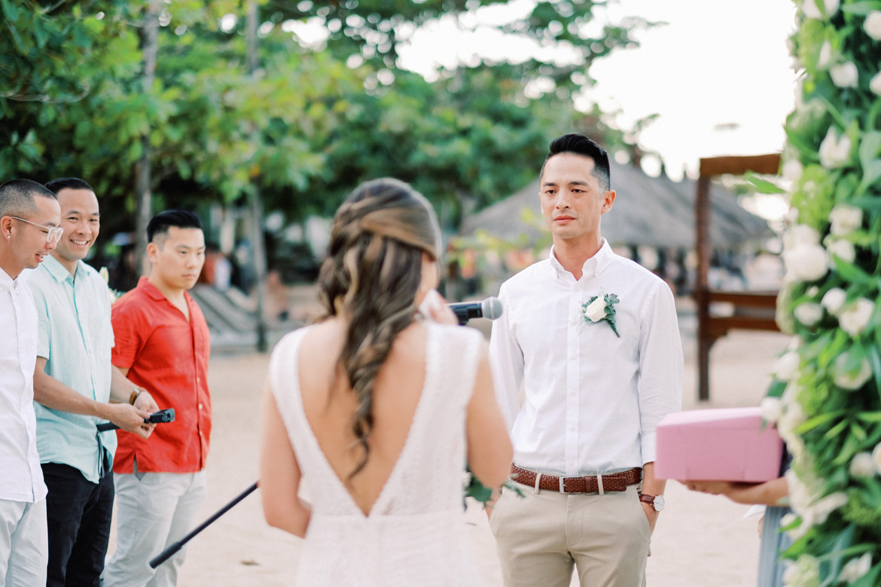 L&E: Beachside Sofitel Bali Wedding 24