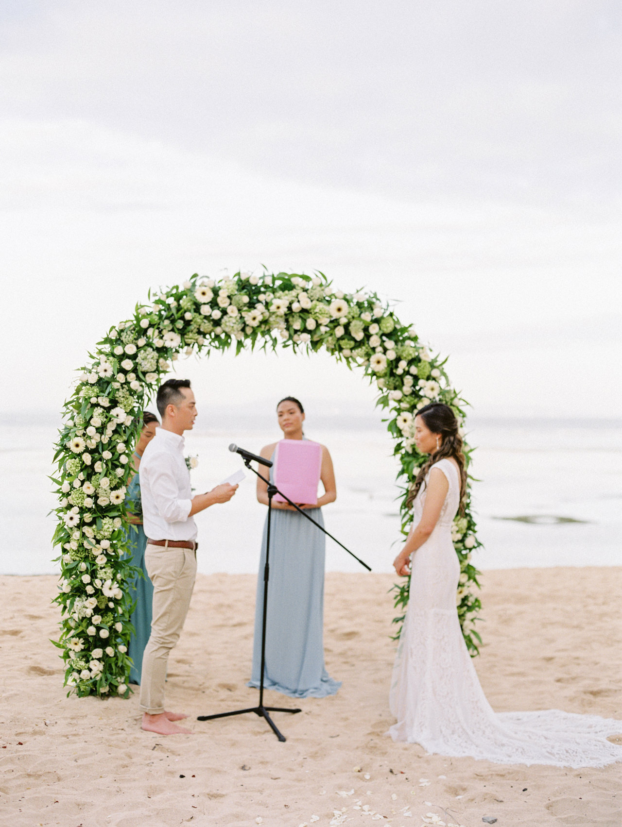 L&E: Beachside Sofitel Bali Wedding 29
