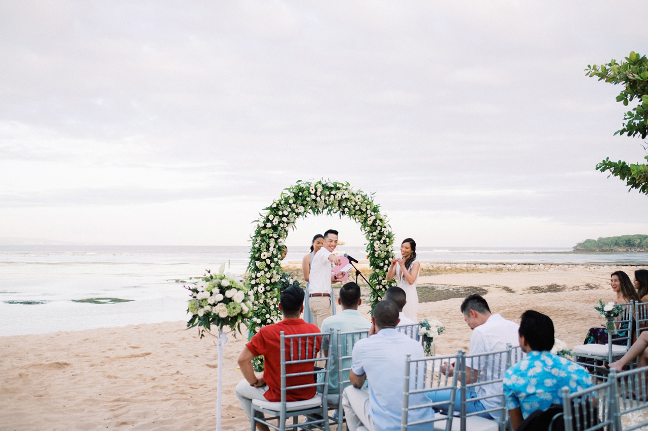 L&E: Beachside Sofitel Bali Wedding 30