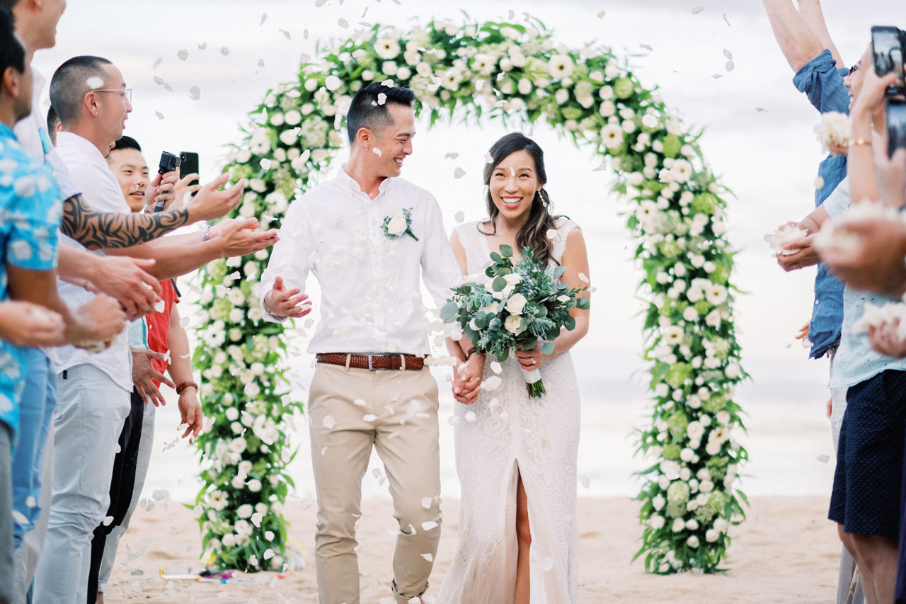 L&E: Beachside Sofitel Bali Wedding 32
