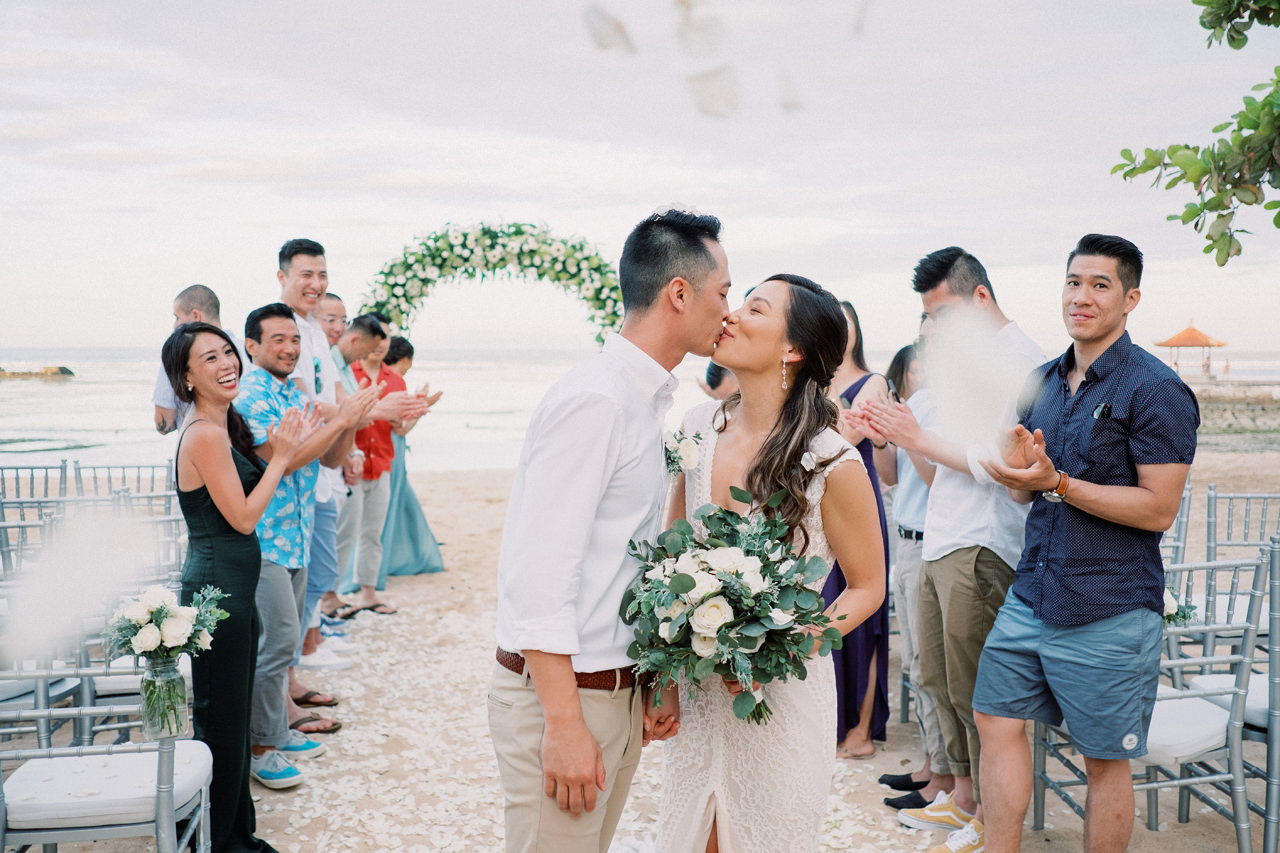 L&E: Beachside Sofitel Bali Wedding 33