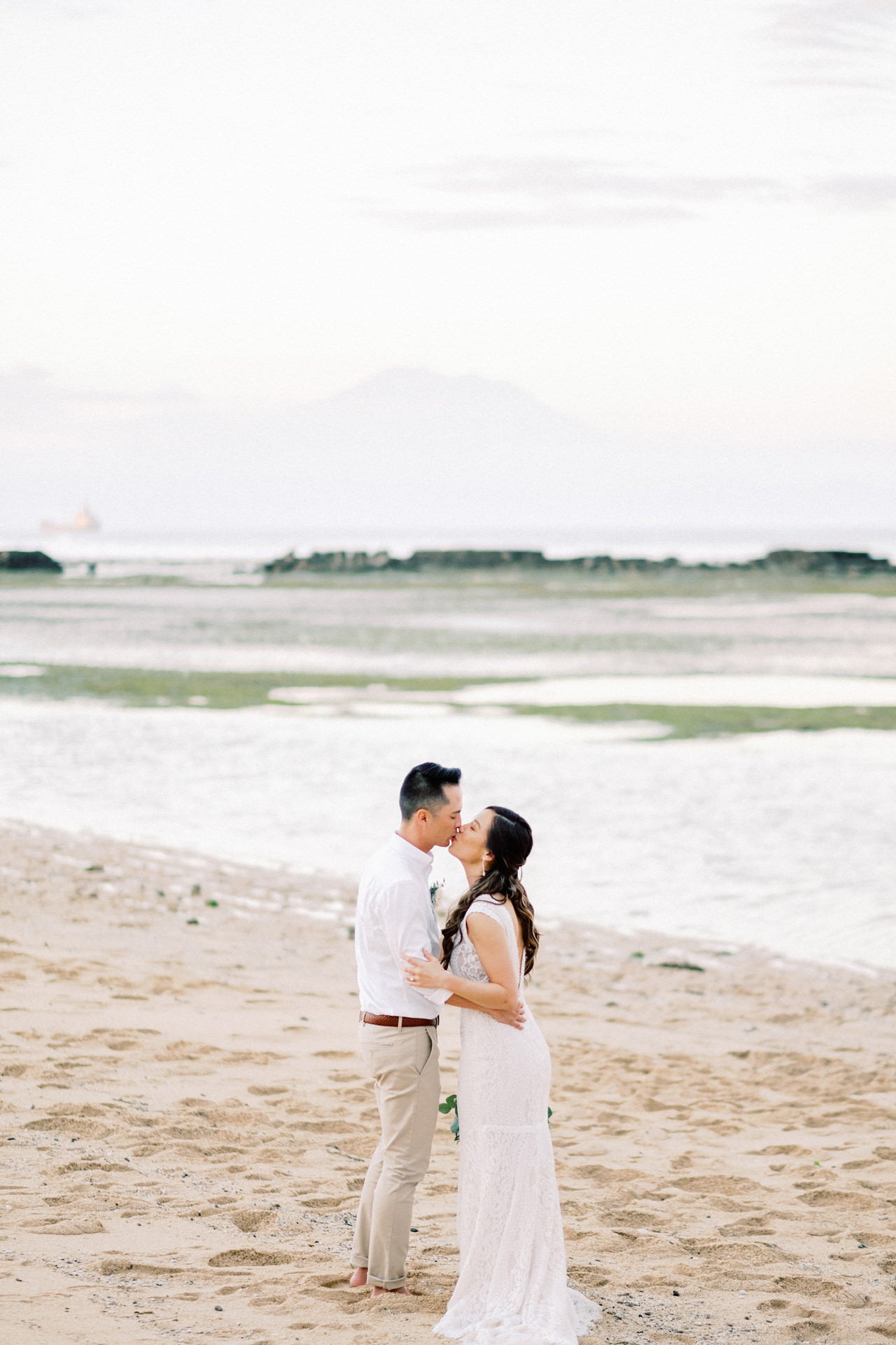 L&E: Beachside Sofitel Bali Wedding 34