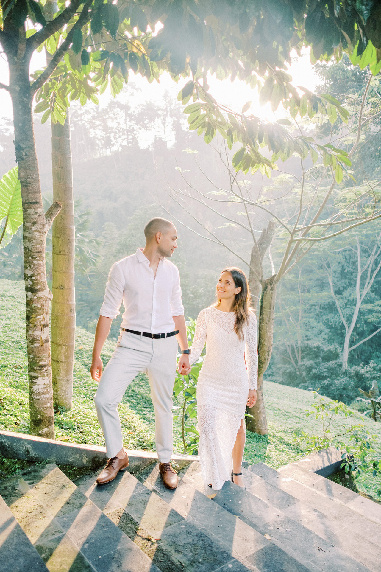 J&L: Intimate Ubud Post Wedding Photography Capture by Team 1