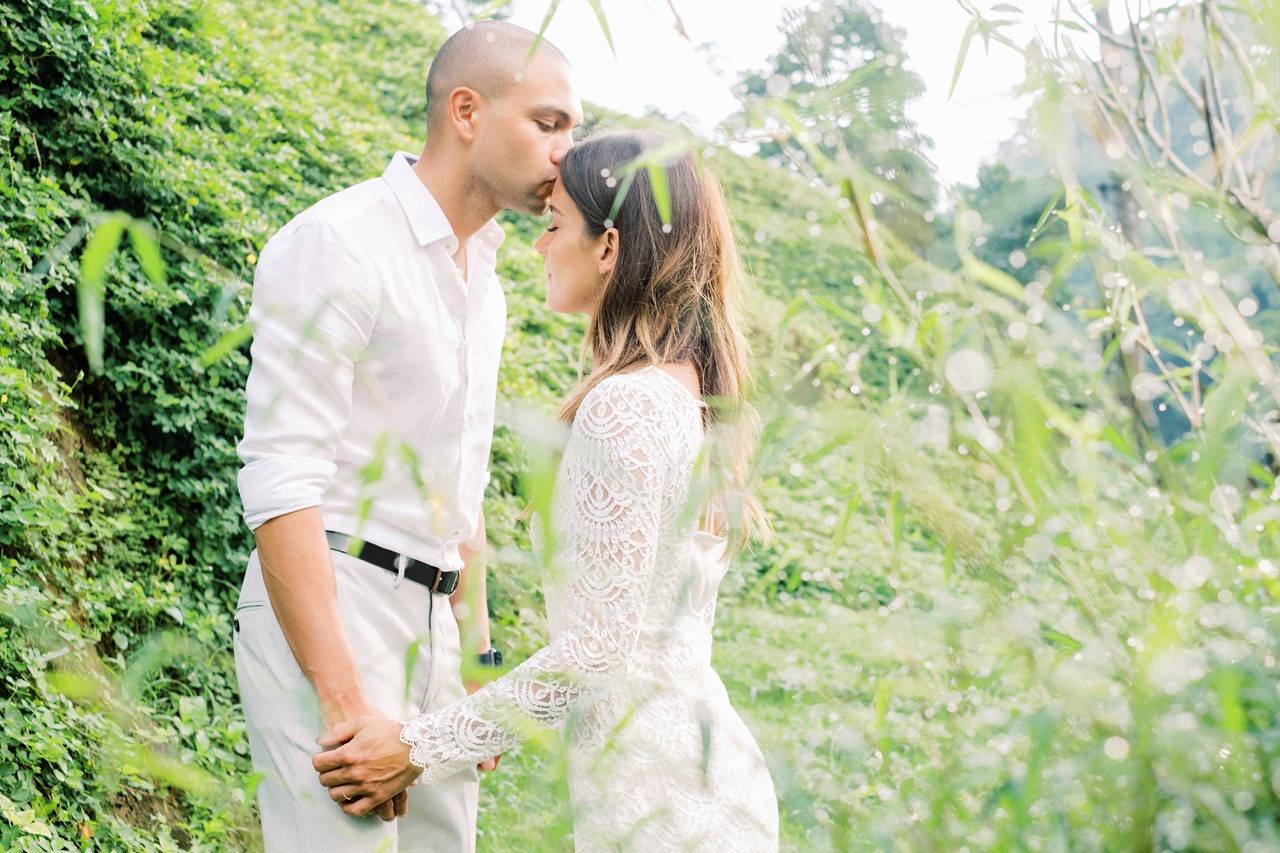 J&L: Intimate Ubud Post Wedding Photography Capture by Team 6