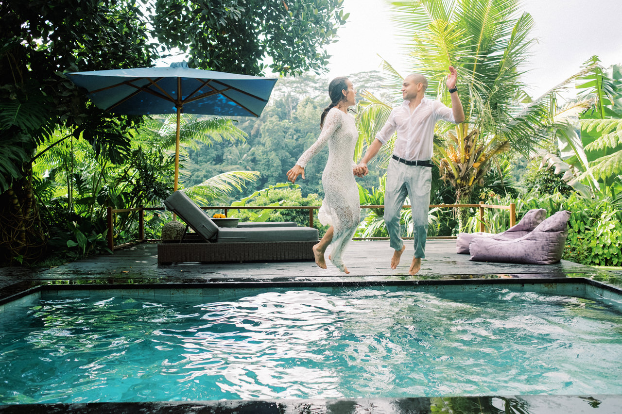J&L: Intimate Ubud Post Wedding Photography Capture by Team 13