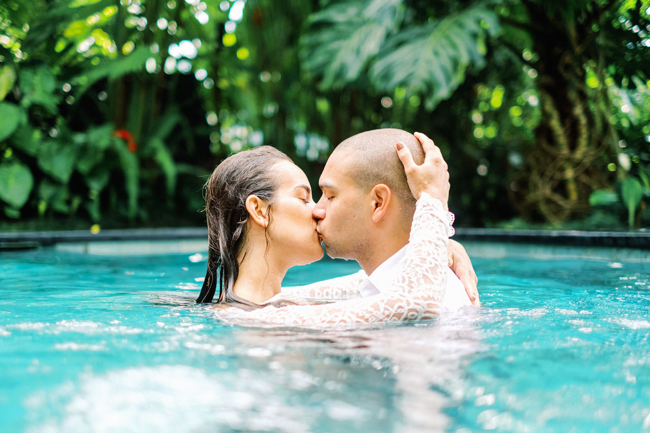 J&L: Intimate Ubud Post Wedding Photography Capture by Team 15