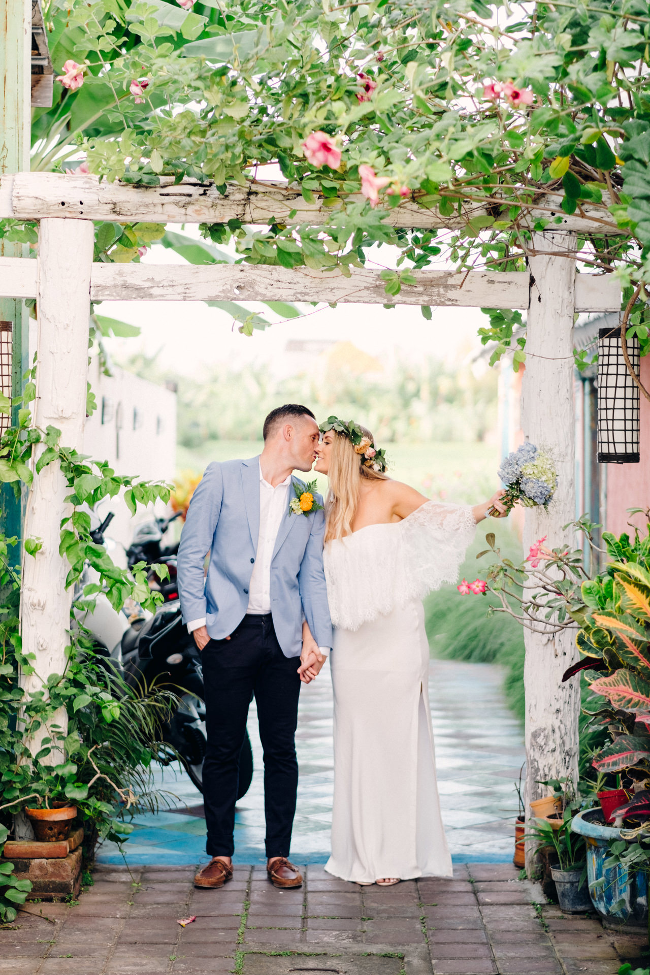 L&R: Bali Wedding Photography at Seminyak Luxury Villas 40