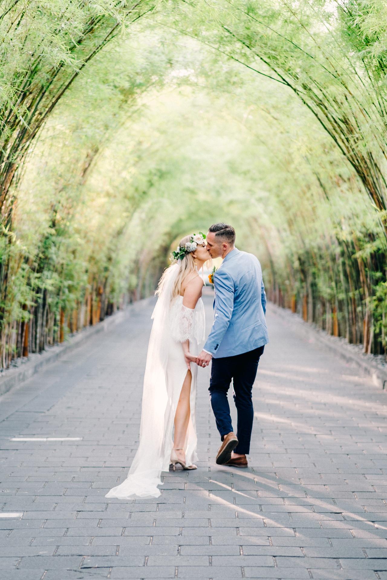 L&R: Bali Wedding Photography at Seminyak Luxury Villas 41