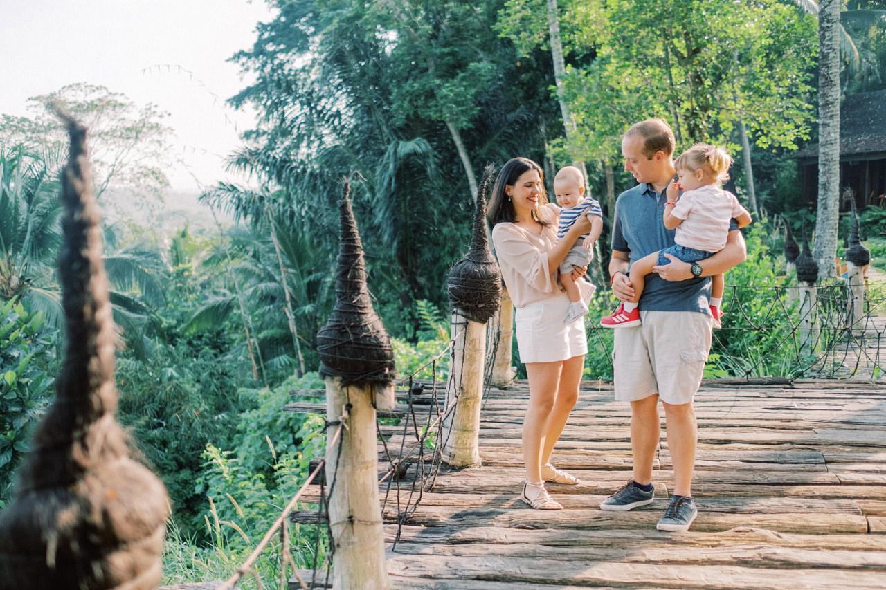 T&P: Bali Family Portrait at Bambu Indah Resort 2