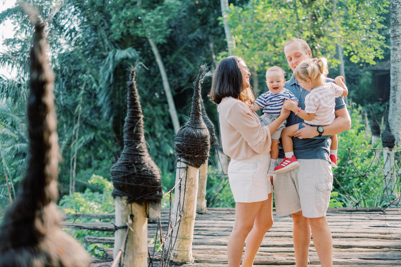 T&P: Bali Family Portrait at Bambu Indah Resort 3
