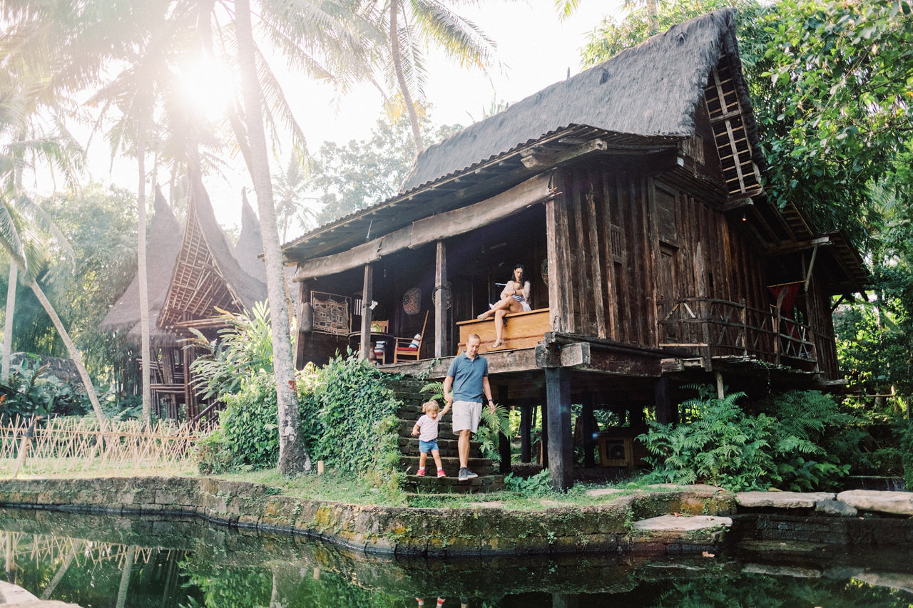 T&P: Bali Family Portrait at Bambu Indah Resort 11