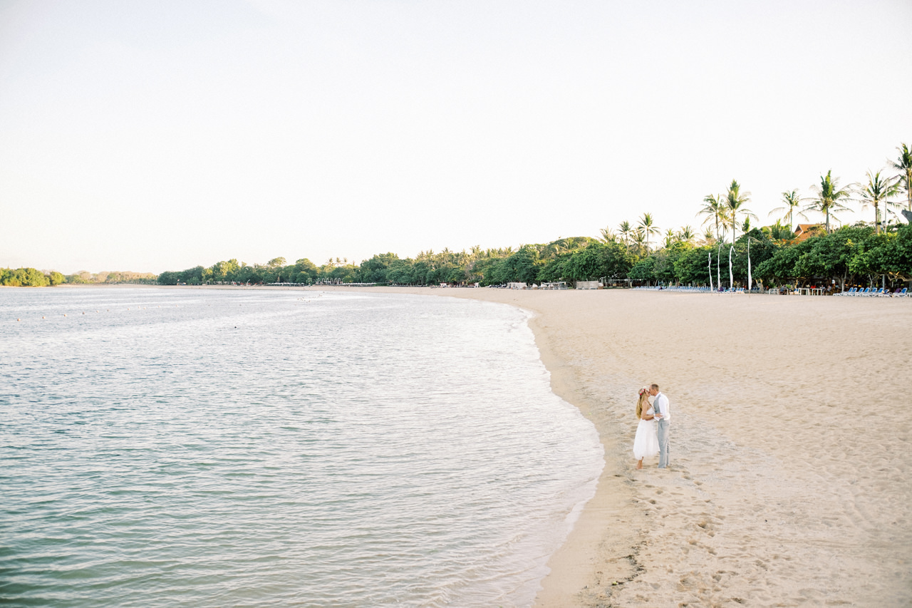C&M: Nusa Dua Bali Honeymoon Photo Session 15